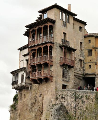 Museo arte abstracto en Casas colgadas de Cuenca